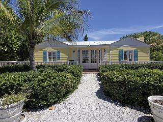 Beautifully renovated 1940s Captiva Island Beachfront Cottage - Captiva Island vacation rentals