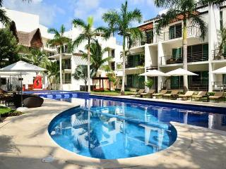 Via 38 Luxury Apartment Minutes to the Beach - Playa del Carmen vacation rentals