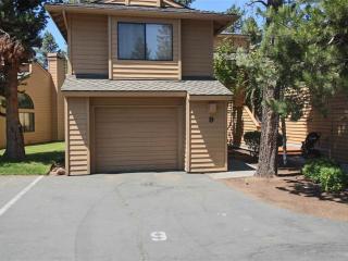 9 Fairway Village Condominium - Sunriver vacation rentals