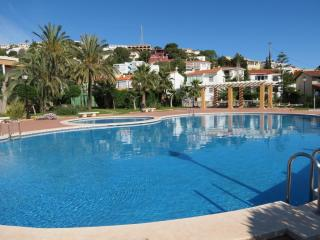 Bright 4 bedroom House in Peniscola with A/C - Peniscola vacation rentals