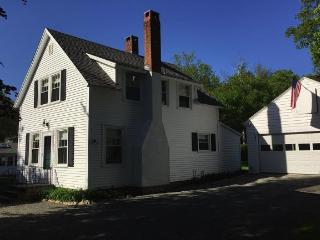 Cozy 3 bedroom Northeast Harbor House with Television - Northeast Harbor vacation rentals