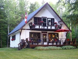 Sandy Beachfront Property/Mountain Views, Ottawa - Ottawa vacation rentals