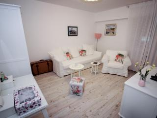 Luxsury apartment Dora is great! - Split vacation rentals