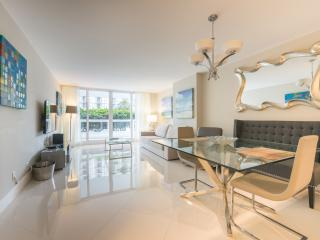 Modern 1 Bdrm | 1144 - Coconut Grove vacation rentals