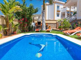 6 bedroom Condo with Shared Outdoor Pool in Nerja - Nerja vacation rentals