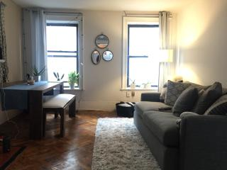 Empire State Studio - New York City vacation rentals