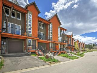New Listing! Prestigious 3BR Fraser Condo w/Wifi, Private Balcony & Gorgeous Alpine Views - Instant Access to Numerous Mountain Attractions! - Fraser vacation rentals