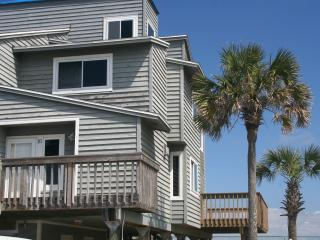 Plan your summer vacation now.  Great location. - Pensacola Beach vacation rentals