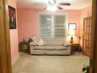 Nice House with Internet Access and A/C - Nashville vacation rentals