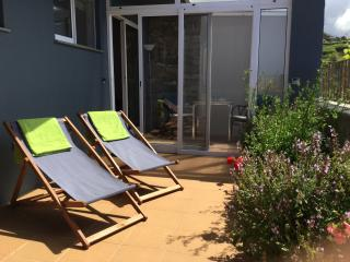 Luxurious Studio (sleeps 2) - perfect setting - Estreito da Calheta vacation rentals