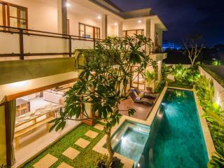 5 Bedroom Legian Villa near Kuta - Legian vacation rentals