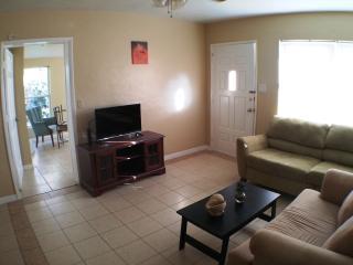 Sarasota Budget Vacation, Best Price In the Area! - Sarasota vacation rentals