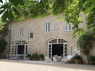 Nice Bed and Breakfast with Internet Access and Central Heating - Saint-Léger-sur-Dheune vacation rentals