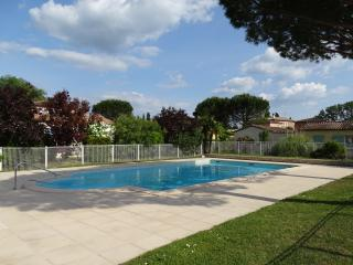 2 bedroom Villa with Internet Access in Montboucher-sur-Jabron - Montboucher-sur-Jabron vacation rentals