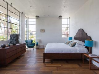 onefinestay - Holly Court private home - Venice Beach vacation rentals