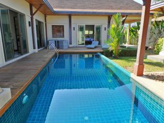 VILLA LUXE PISCINE PRIVÉE 3CH 7/8P PRES DES PLAGES - Nai Harn vacation rentals