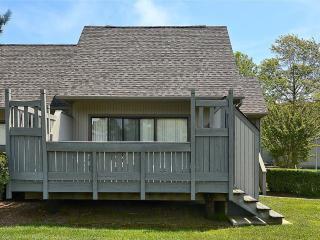 2 bedroom, 2 bath townhouse. Less than 5 blocks to beach! - Sea Colony vacation rentals