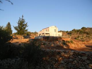 4 bedroom Villa with Internet Access in Vamos - Vamos vacation rentals