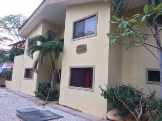 Appartement spacieux à 500 m de la plage - Playa Potrero vacation rentals