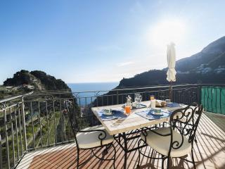 Romantic 1 bedroom Villa in Pontone with Internet Access - Pontone vacation rentals