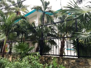 Beautiful House with Deck and Internet Access - Cancun vacation rentals