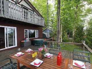 Elements of Alchemy cottage (#1074) - Colpoys Bay vacation rentals