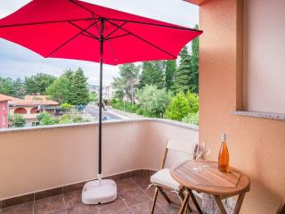 Nice Studio with Internet Access and A/C - Krk vacation rentals