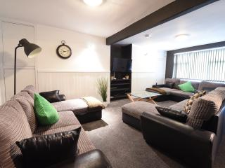 Cozy 2 bedroom House in Manchester - Manchester vacation rentals