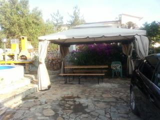 Astonishing House in Posada, 1km from the beach! - San Giovanni vacation rentals