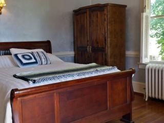 Comfortable Queen at West Park Gardens - Culpeper vacation rentals