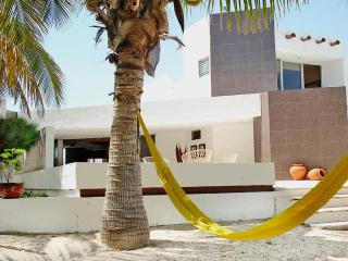 Perfect House with A/C and Television - Chicxulub vacation rentals