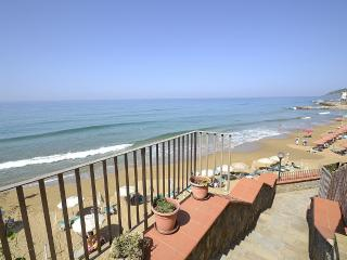 Cozy Santa Maria di Castellabate House rental with Deck - Santa Maria di Castellabate vacation rentals