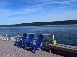 Sunrise Beach Gig Harbor home - Beachfront Home - Gig Harbor vacation rentals