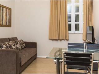 COPACABANA Lindo apartamento a 30m da Praia HB26C - Rio de Janeiro vacation rentals