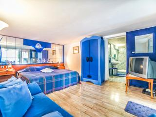 TH02014 Apartments Mila / JASS Mali A1 - Banjole vacation rentals