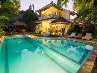 10min to Seminyak Beach 4Bedroom Villa - Seminyak vacation rentals