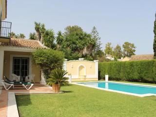 Lovely1B Beach Garden Cottage Marbella Coast +Pool - Marbella vacation rentals