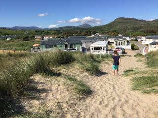 Luxury Home-Greenacres Holiday Park, Black Rocks - Porthmadog vacation rentals