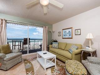 PI 214:VISIT the COAST with the MOST! Stylish BEACH FRONT, free beach chairs! - Fort Walton Beach vacation rentals