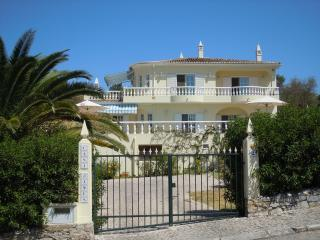 Lovely Villa with Internet Access and Satellite Or Cable TV - Sao Bras de Alportel vacation rentals