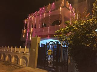 Bright 5 bedroom Udaipur House with Internet Access - Udaipur vacation rentals