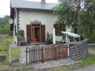 Maisonette au cœur du cezalier - Neussargues-Moissac vacation rentals