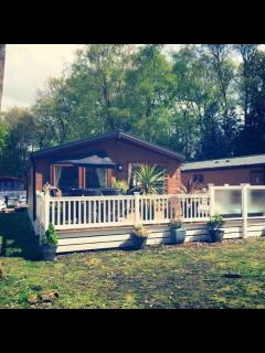 Wimborne Holiday Lodge with Hot Tub - Wimborne vacation rentals