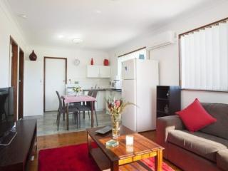 Nice Villa with A/C and Television - Windang vacation rentals