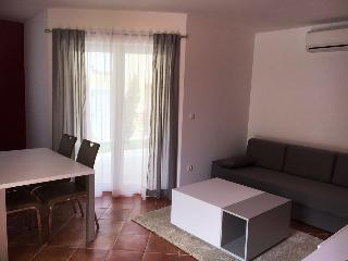 Beautiful 1 bedroom House in Medulin - Medulin vacation rentals