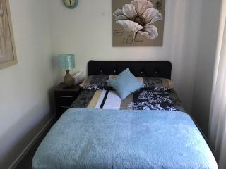 Birmingham Serviced Apartment - Sleeps 4 - Birmingham vacation rentals