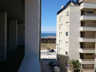 Apartamento T1 novo junto ao mar beach - Costa da Caparica vacation rentals