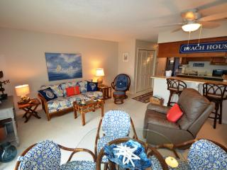 QUEENS COURT top floor/oceanfront  Emerald Isle - Emerald Isle vacation rentals