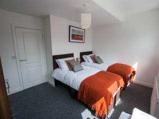 Serviced Apartment, Short/ medium stays. - Kingston-upon-Hull vacation rentals