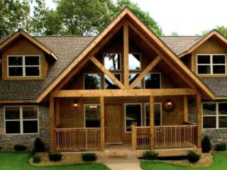 (Hurry Only 2 Left) Lodges 1 mile SilverDollarCity - Branson vacation rentals